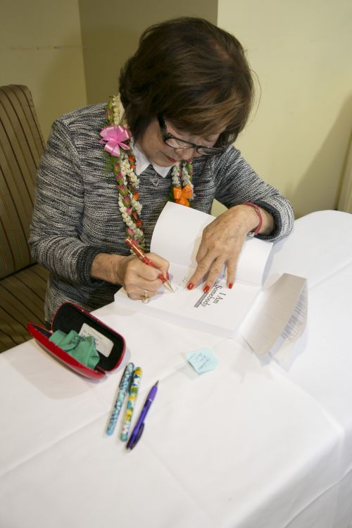 Signing books at Kahala Nui.